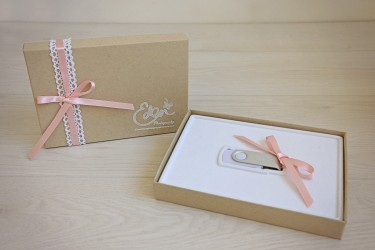 Photo USB Drives in Gift Boxes