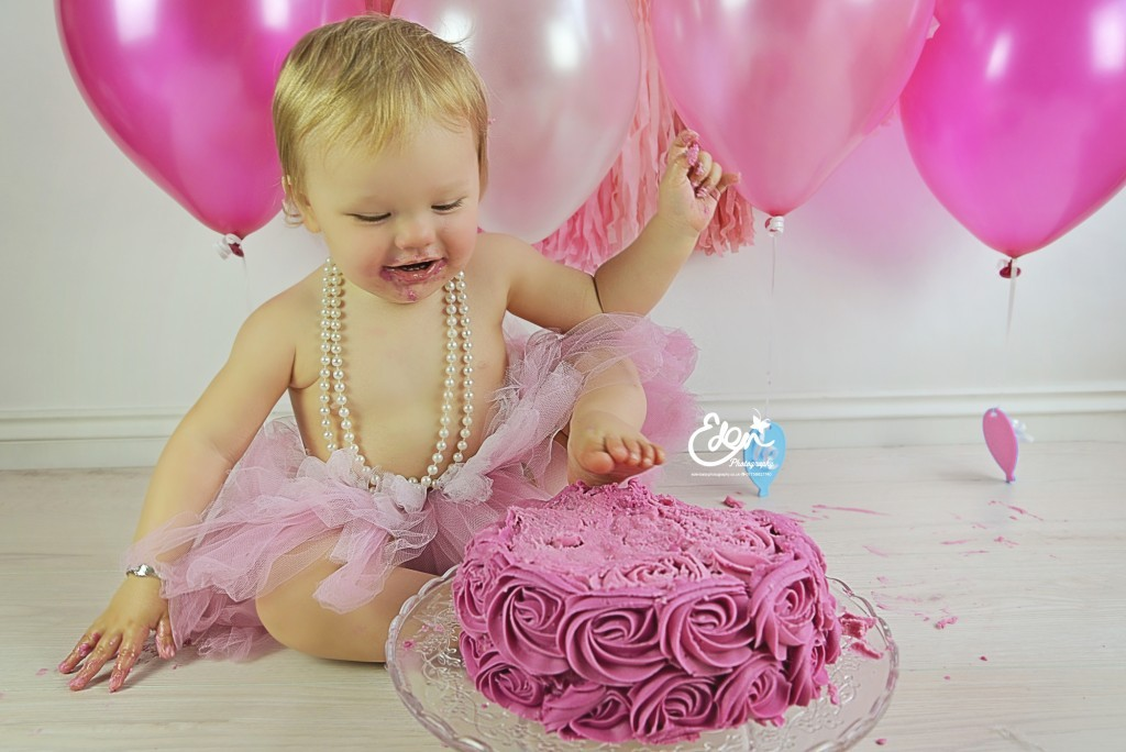 1st Birthday Cake Smash Photographs